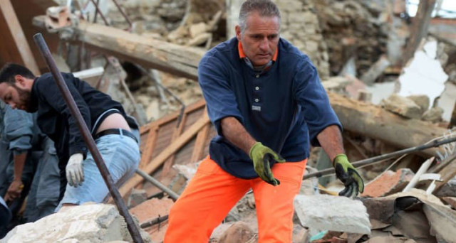 Terremoto Centro Italia: paesi distrutti, molti i morti. Il dramma di Amatrice