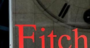 Fitch non risparmia il comune partenopeo che declassato vede il suo rating sempre più vicino al livello junk