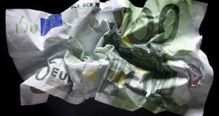 Le ultime notizie sull'argomento Crisi Euro. Le news sono visualizzate in ordine cronologico partendo dalla più recente.