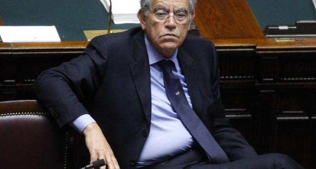 Gianfranco Polillo è un uomo testardo e per lui anche gli operai italiani prendono troppo per il loro lavoro