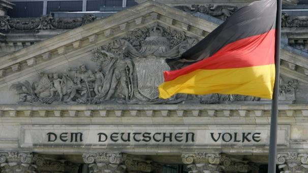 Il giocattolo Euro non serve più alla Germania e così Berlino inizia a valutare i benefici e i costi di una sua uscita dall'Euro