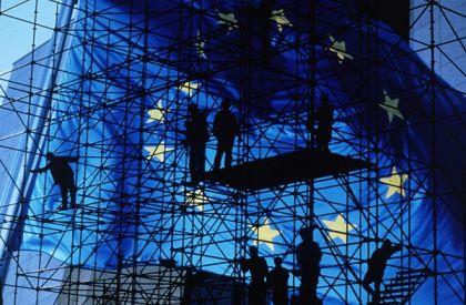 Il Financial Times anticipa un documento per salvare l'Euro ma l'impressione è che anche l'ennesimo vertice europeo si traduca con un nulla di fatto
