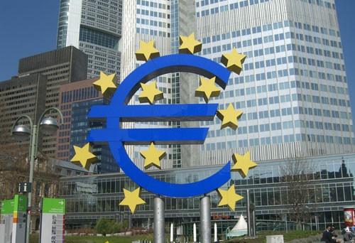 Quali prospettive e quali incognite si aprono dopo il via libera della Bce al piano di acquisto illimitato di bond con durata non superiore ai 3 anni?