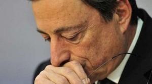 Quali saranno le decisioni che la Bce adotterà domani? Gli analisti puntano su un taglio dei tassi e un rinvio dello scudo anti spread al board di ottobre. I mercati intanto soffrono perchè dalla Bce dipende sempre più il futuro dell'Euro