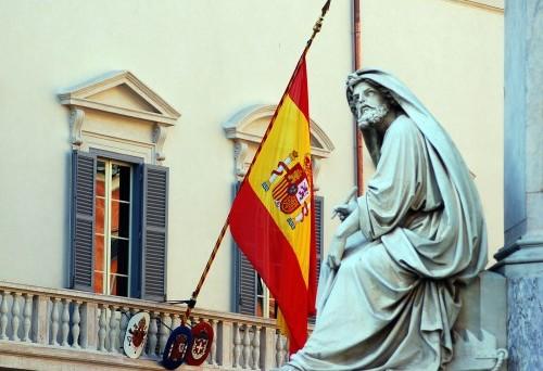 La Spagna nel tritacarne della crisi: crolla la produzione di beni di consumo