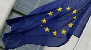 In una settimana cruciale arriva l'affondo di Moody's contro i pilastri dell'Unione Europea.