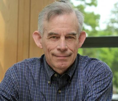 Intervista al premio Nobel per l'economia Christopher Sims, docente presso l'Università di Princeton: «Per uscire dalla crisi l'Europa deve puntare sugli Eurobond e realizzare le unioni bancarie e fiscali».