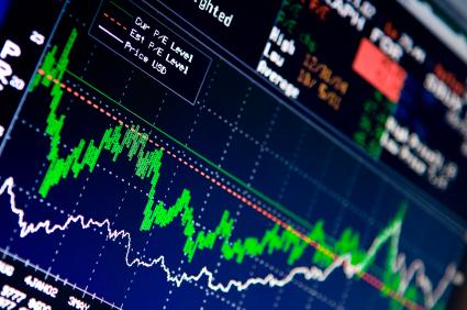 Le variazioni di rating e di outlook delle emissioni sovrane non influenzano i soli rendimenti del comparto obbligazionario, ma incidono significativamente anche sulla performance dei mercati azionari. Vediamo come e perché.