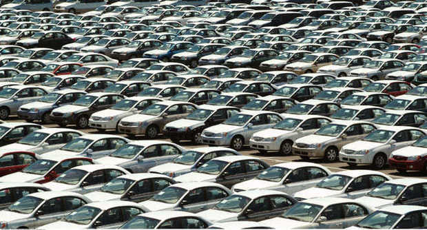 Allarme Federauto: con l'aumento dell'Iva, il comparto auto sarà destinato a morire. A rischio migliaia di posti di lavoro