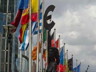 Possibili accordi tra singoli stati e l'Europa per rilanciare la crescita e il lavoro