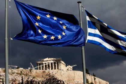 Il default di Atene è (per ora) scongiurato ma gli aiuti alla Grecia sono appesi a quella che sarà l'evoluzione economica del disastrato paese