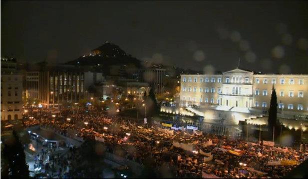 Pacchetto di austerit i greci devono lavorare per 2 for Lavorare in parlamento