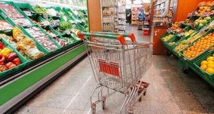 Precipitano i consumi nel mese di aprile, si salvano solo i servizi per le comunicazioni