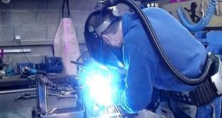 Ad incidere il peggioramento delle attese sulla situazione economica generale. In ripresa manifatturiero e commercio al dettaglio mentre regna il pessimismo su costruzioni e servizi