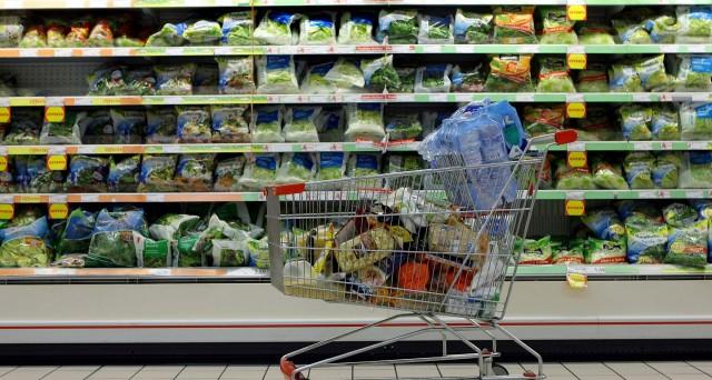 Le vendite in ribasso rispetto a dicembre 2012 e  gennaio 2012 riguardano anche i discount. L'Istat cambia i criteri di calcolo nella rilevazione