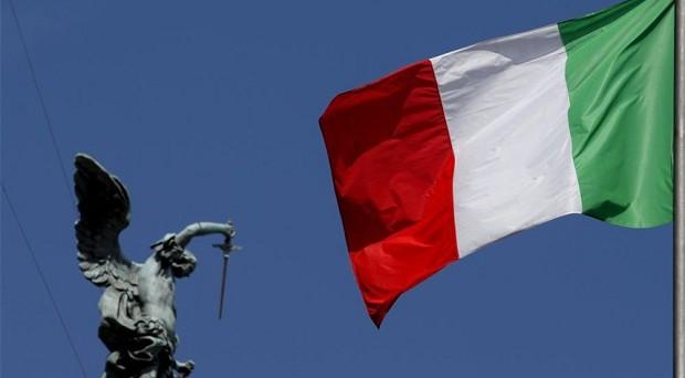 Non ci sono possibilità per la formazione di un governo stabile: downgrade di Fitch sull'Italia