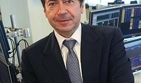 La tenuta dell'euro non fa felici gli speculatori internazionali che vedono chiudersi il 2012 con pesanti perdite. Il caso del signor John Paulson