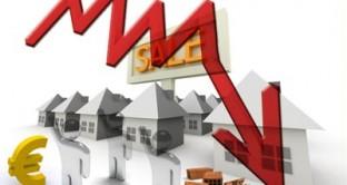 Nel terzo trimestre, secondo le stime preliminari dell'Istat, l'indice delle abitazioni acquistate dalle famiglie sia per fini abitativi sia per investimento registra una diminuzione dell'1,1% rispetto al trimestre precedente
