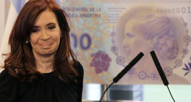 Scontro aperto tra l'Fmi e l'Argentina: Cristina Kirchner impone un accordo per calmierare i prezzi