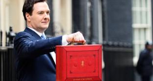Presentato il budget 2013 della Gran Bretagna: previsti tagli alle spese, ma anche alle tasse. Molto significativi gli incentivi al mattone e allo shale gas