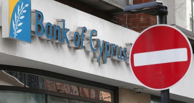 Cipro tra un possibile default e la speranza di un aiuto russo. Intanto la Germania minaccia il blocco del piano di salvataggio e l'Europa continua a sottovalutare la crisi