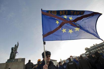 Alle elezioni politiche islandesi il centro destra euroscettico ha battuto la sinistra favorevole all'ingresso nell'Ue. La piccola isola intende difendere ad ogni costo la sua autonomia e la sua sovranità finanziaria