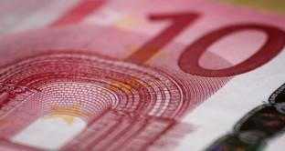 L'ex presidente della Banca di Roma propone l'introduzione di una tassa una tantum sulla rendita fondiaria per dimezzare il debito pubblico