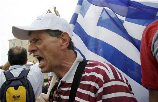 Vergogna in Grecia