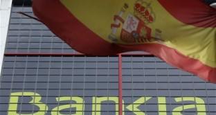 Jeremy Warner del Telegraph commenta i dati dell'ultimo outlook del FMI  da cui risulterebbe che la Spagna, che all'inzio dell'eurocrisi aveva un debito pubblico bassissimo, sarebbe la prossima candidata alla ristrutturazione. E naturalmente, occhio ai depositi, perché Cipro insegna.