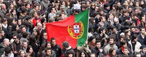 I mercati temono la possibile caduta del governo portoghese. Tornano in primo piano i problemi della linea periferica dell'Europa con la Grecia che pensa a un decreto d'urgenza