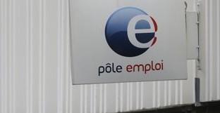 Il governo Hollande non riesce a rispettare le promosse strombazzate in campagna elettorale. I senza lavoro non solo non sono diminuiti ma sono addirittura ai massimi da 14 anni