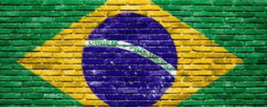 Il 5,6% dei prestiti bancari erogati sotto forma di credito al consumo in Brasile è a rischio, il doppio che in India. La classe media brasiliana rischia di implodere sopra un mare di debiti non rimborsabili