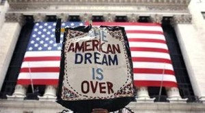 Respinta da Obama la proposta repubblicana di alzare il tetto del debito per sei settimane. Nessuno crede che gli USA andranno in default, ma lo stallo politico preoccupa. Quali sarebbero gli effetti del primo fallimento dell'America?