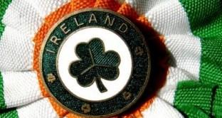 Per l'Irlanda di tratta della prima espansione dal secondo trimestre del 2012, ma la crescita del Pil sarà inferiore alle attese nel 2013, per cui Dublino non potrà allentare la morsa sui conti pubblici