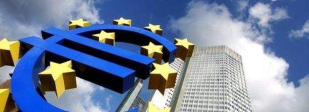 La Bce taglia i tassi ma il credito in Italia non ripartirà. La mossa di Francoforte potrebbe surriscaldare l'inflazione in Germania e fare deprezzare l'euro.  Intanto a Piazza Affari l'Ftse Mib scivola a -1,4% dopo l'iniziale euforia per le parole di Draghi