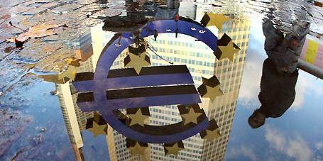 Unione bancaria al via dal 2015. I salvataggi saranno gestiti in comune con una progressività annua, ma gli stati non perderanno i poteri di intervento sulle piccole banche.