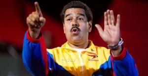 Il presidente del Venezuela, Nicolas Maduro, ha annunciato la repressione del contrabbando verso la Colombia e ha ordinato i prezzi