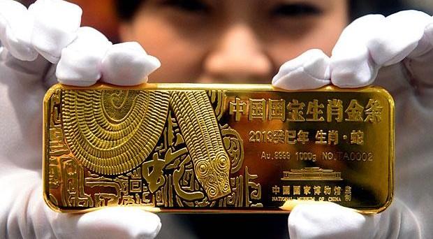 Boom di acquisti di oro dalla Svizzera da parte di India e Cina, che si confermano i maggiori consumatori del metallo. A quanto ammontano le riserve di Pechino?