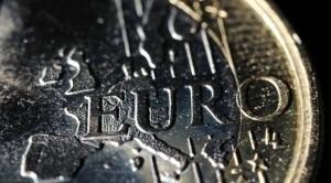 """La Bce intende celare all'interno del cavallo di Troia (l'SPM) un tetto massimo sui rendimenti dei buoni del tesoro e gettare i presupposti per la successiva introduzione degli Eurobond: ecco spiegati i timori di Bundesbank e i continui """"nein"""" del Cancelliere Merkel"""