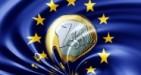 Secondo un articolo del The Guardian, l'euro sarebbe già fallito. L'autore si mostra scettico sulla possibilità che le elezioni europee cambino qualcosa.