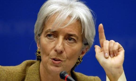 L'FMI parteciperà al negoziato con la Grecia per il terzo salvataggio, ma non potrà erogare nuovi aiuti. La rivelazione arriva dal Financial Times.