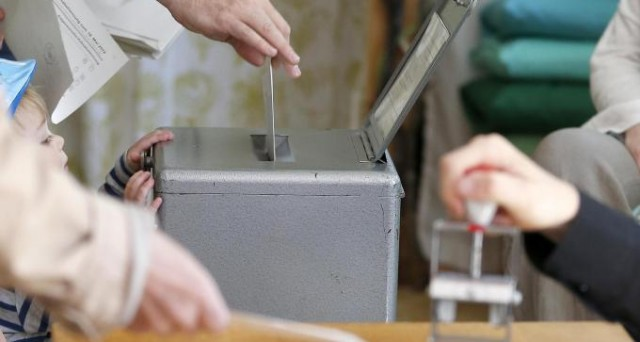 Gli svizzeri voteranno domenica prossima  per un referendum sulla tassa di successione. A rischio migliaia di piccole e medie imprese e di posti di lavoro.