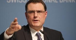 La Svizzera potrebbe varare un QE per indebolire il cambio tra il franco e l'euro, ora ai massimi da fine gennaio.