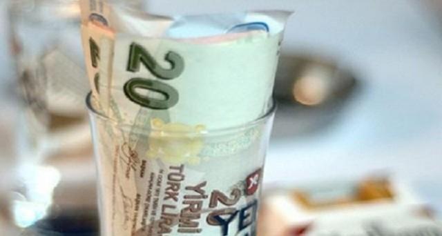 Lira turca al collasso: cambio con il dollaro oltre 3 per la prima volta.
