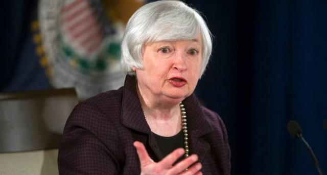 I verbali della Fed segnalano la preoccupazione dell'istituto per un rialzo dei tassi a giugno. Preoccupa il super-dollaro, ma la stretta resta probabile tra 2 mesi.