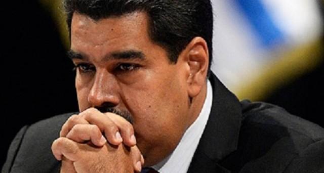 Situazione in  costante peggioramento in Venezuela, dove il bolivar continua a collassare sul mercato nero e la produzione di beni è sempre più bassa. Mentre nel paese manca di tutto, il presidente Nicolas Maduro teme un colpo di stato.