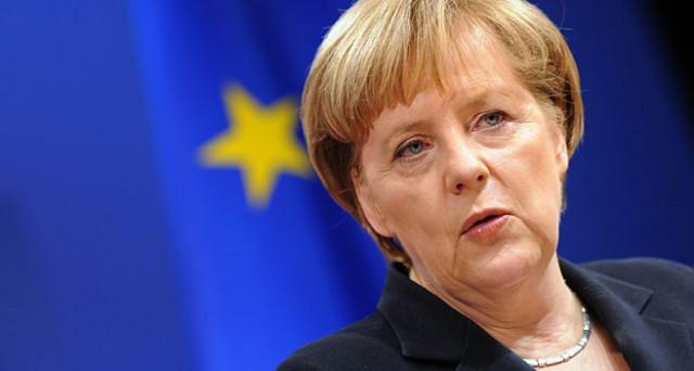 La Grecia deve rispettare l'accordo sottoscritto a febbraio per la cancelliera Angela Merkel, che spegne ogni aspettativa: nessuna intesa tra stasera e lunedì. Restano pochi giorni di liquidità sufficiente al governo di Atene.