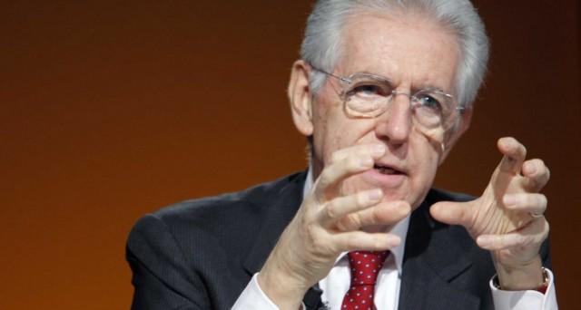 L'ex premier Mario Monti dubita della Francia e spiega che i crescenti sentimenti anti-euro nel paese potrebbero mettere a rischio l'asse con la Germania.