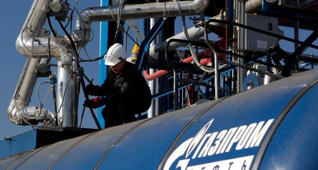 La UE apre un'indagine su Gazprom per abuso di posizione dominante nei giorni in cui la Russia tratta con la Grecia sul passaggio del gasdotto.