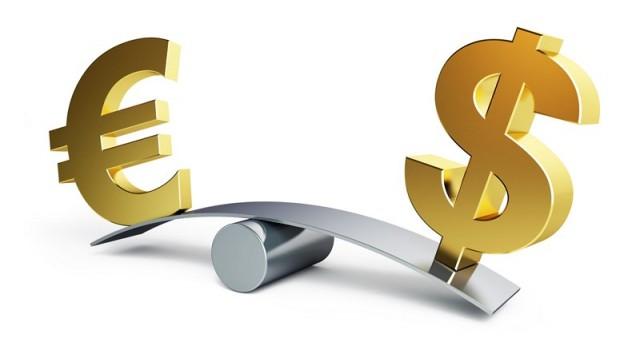 Il cambio euro-dollaro si è portato nuovamente sopra 1,11, dopo la pubblicazione dei verbali della Fed e i dati sul Pmi manifatturiero e dei servizi nell'Eurozona. Per i prossimi mesi, il trend potrebbe essere volatile.